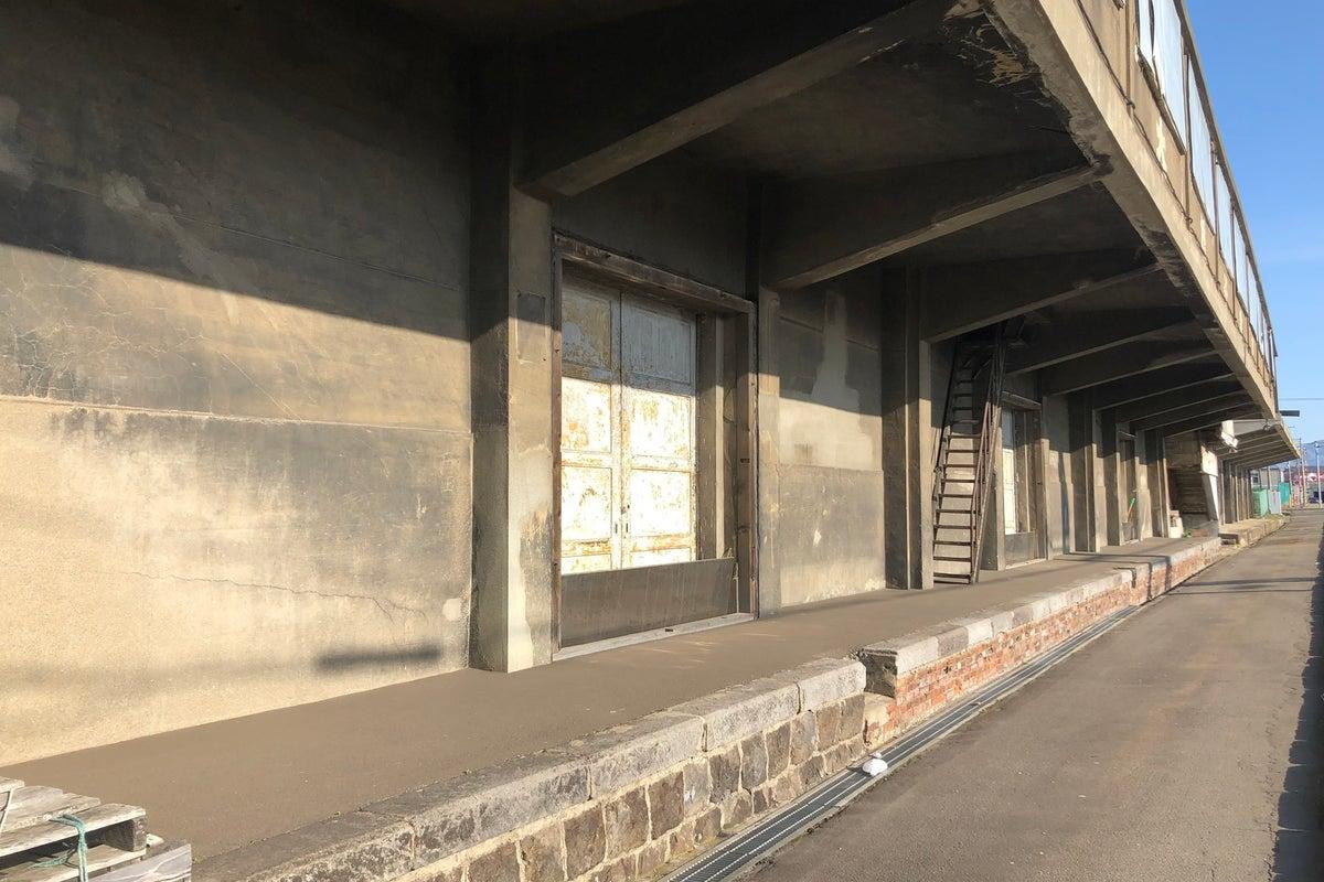 【函館】1927年建造のレトロな雰囲気のコンクリート倉庫群!撮影に最適! の写真