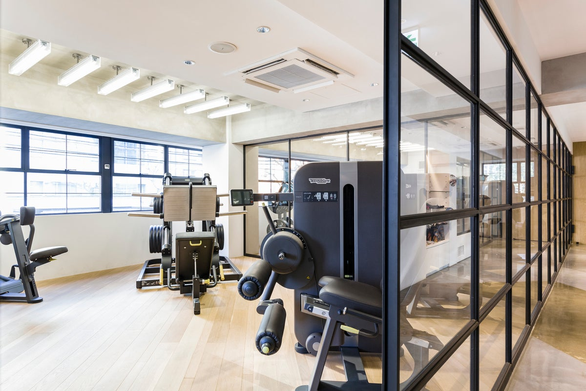 【六本木】最新の設備と最高級の個室シャワールーム完備のトレーニングルーム!【東京ミッドタウン至近】 の写真