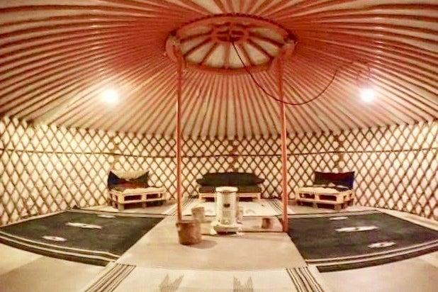 【神奈川県葉山町】焚き火もできる!森のアウトドアミーティング&イベントスペース(モンゴルゲル利用可能) の写真