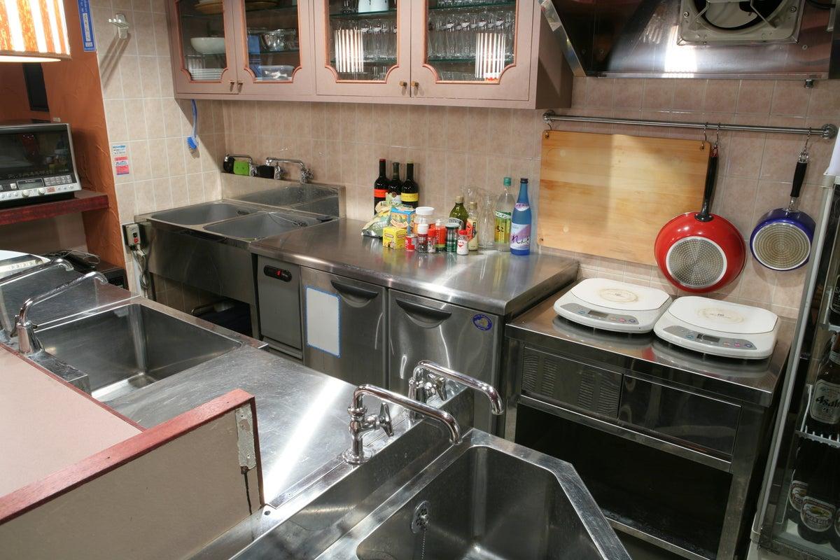本格的なキッチン完備!パーティー&ライブイベント、ワークショップ・マルシェでご利用いただいております! の写真