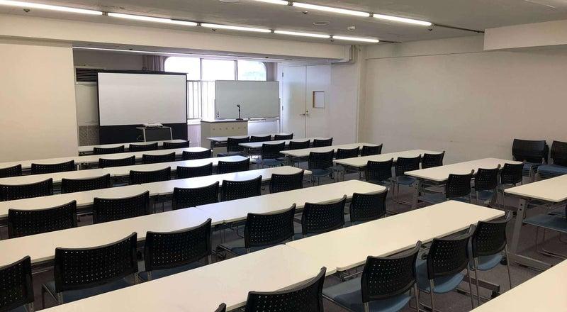 【関内】シンプルで使いやすい個室会議室/901号室