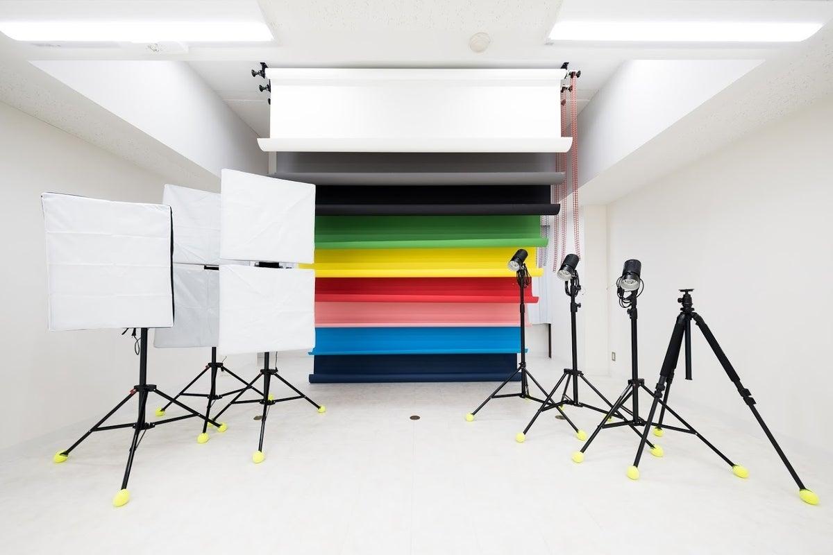 【京王線・調布駅徒歩5分】6月Open!9種類の背景紙、基本的な撮影機材完備! の写真