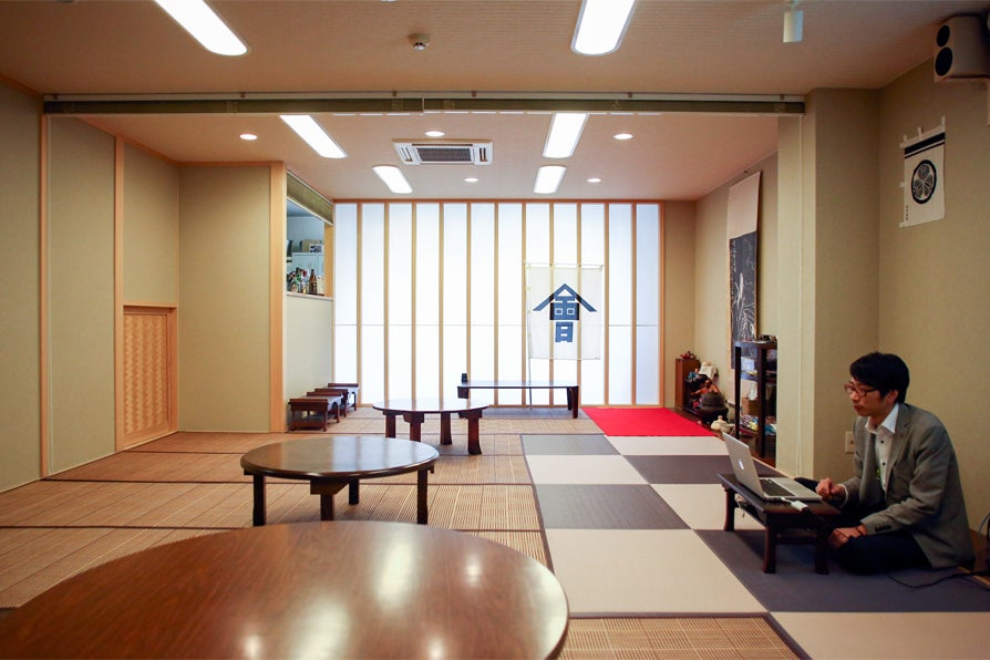 御茶ノ水駅からすぐ!外国の方にも喜ばれる茶室、バーカウンター付き和風空間 の写真