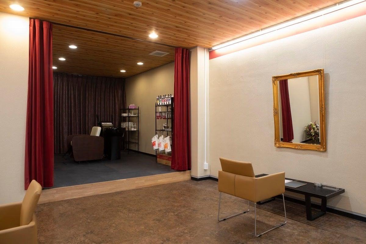 美容室、和モダン、美術館モチーフ の写真