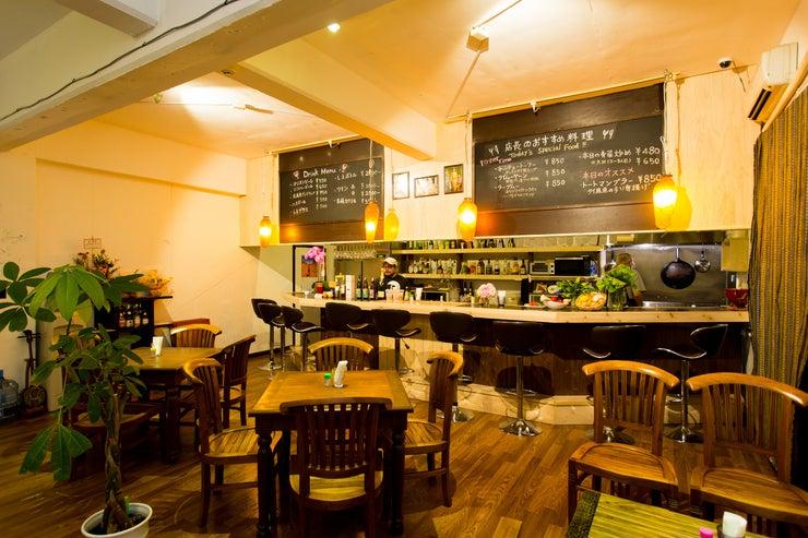 那覇・国際通りからタクシー5分。隠れ家レストランでの会議・撮影に。 の写真