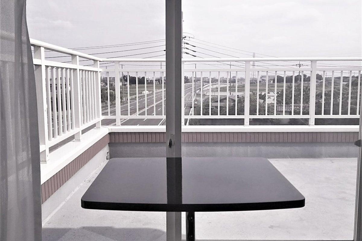 見晴らしよい前後横に窓の小部屋(3F) の写真