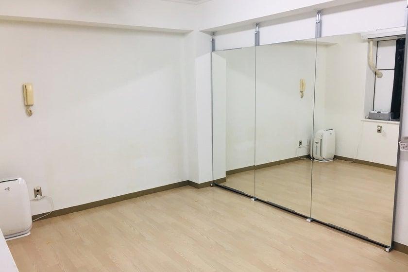 【6月2日に新規オープン!】<横浜駅徒歩6分>ダンスができるレンタルスタジオ※横浜駅で最安値級の価格です(【6月2日新規オープン!】<横浜駅徒歩6分>ダンスができるレンタルスタジオ※24時間営業、鏡付き) の写真0
