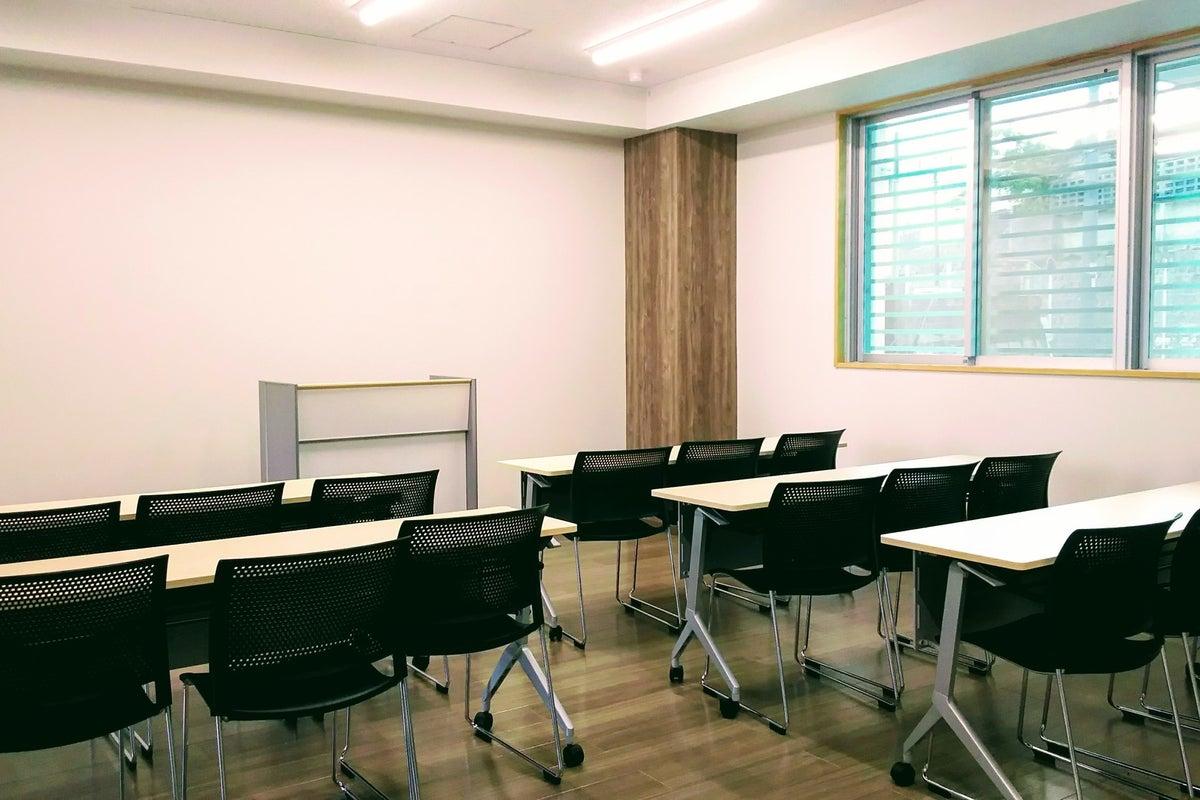 ◆開南 会議室【~24名】◆ご利用2時間以上で《コザ信前 駐車場1時間無料☆》時間貸し の写真
