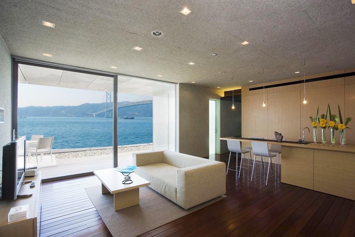 平日限定 海辺の絶景ホテル!レジデンシャル・スイートを貸切! の写真