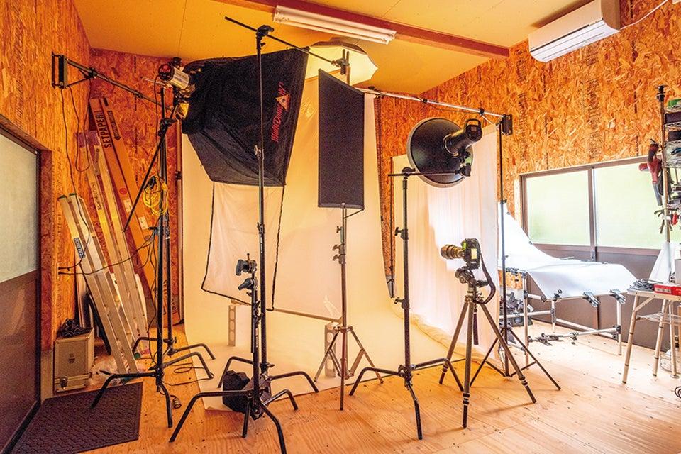 プロカメラマン仕様の本格撮影スタジオ の写真