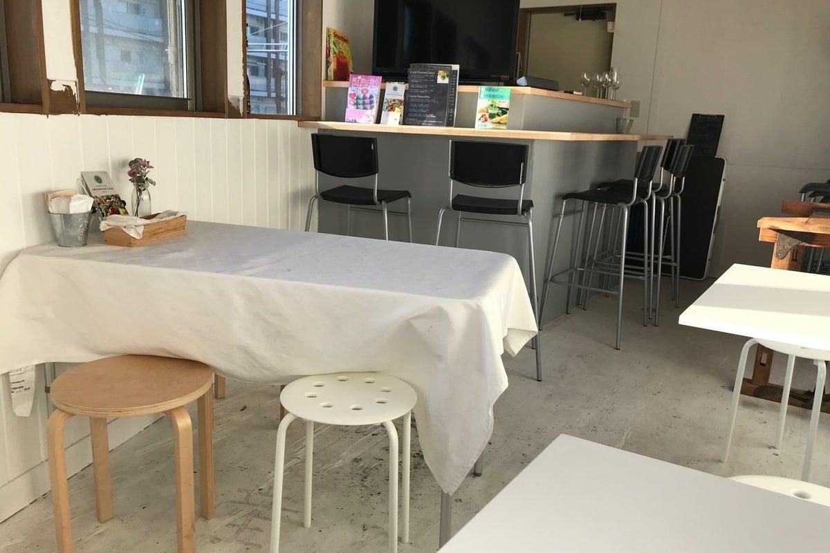 【上野毛徒歩10分・等々力徒歩13分】おしゃれな二階建て八百屋カフェ ワークショップ・撮影・パーティ の写真