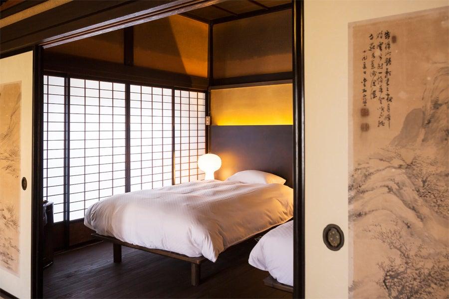 【兵庫県】一棟貸切 日本のマチュピチュ竹田城跡ふもとの歴史ある酒造場をリノベートした和モダンな空間/研修利用(平日限定) の写真