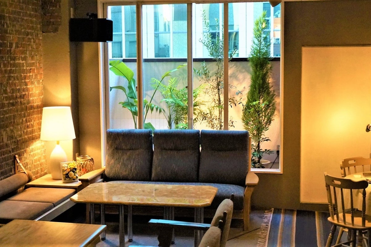 【西梅田・北新地】PapaHemingway モダンで落ち着いた大人の空間<Room501> の写真
