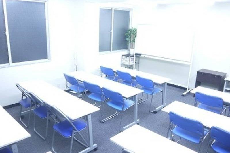 <KoNA>水道橋駅近の本格派セミナールーム(25名までが最適)!WIFI & プロジェクターなどは無料! の写真