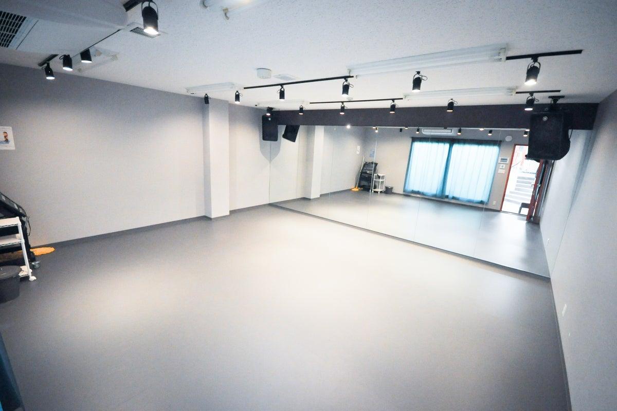 船橋駅徒歩5分!24時間営業のダンススタジオ!【S4スタジオ】 の写真