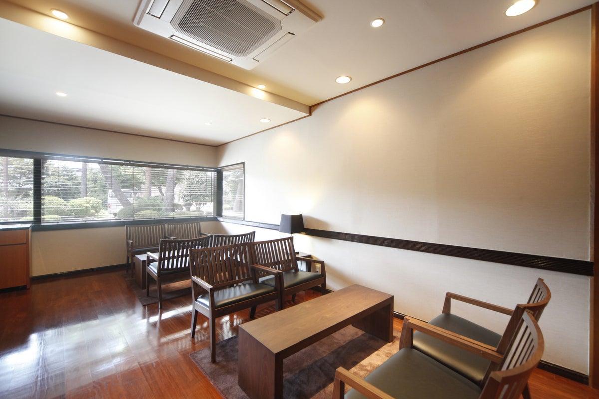 大宮にある畳の和室、日本庭園、記念撮影、習い事、お茶会、研修 の写真