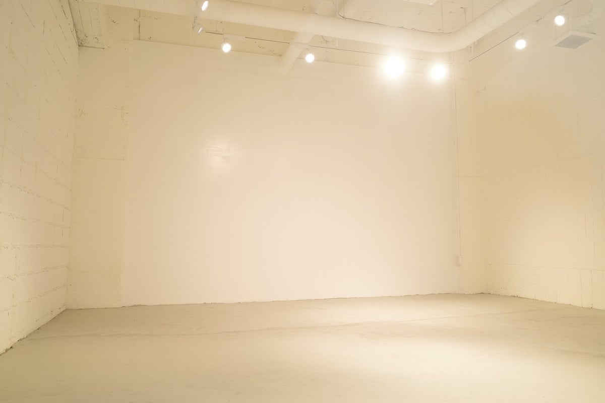 【スペース B1-A】プレオープン中。ギャラリースペース、展示会、イベント、会議、セミナー。 の写真