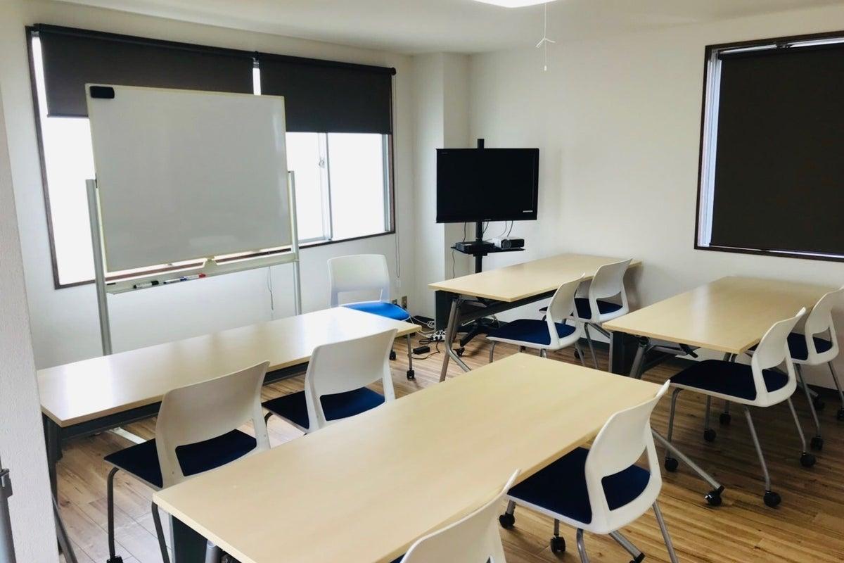 【松戸駅新規オープン】駅徒歩6分、松戸市役所2分!15名様までの会議、セミナー、商談、面接、レッスン、ヨガ、施術、撮影など の写真