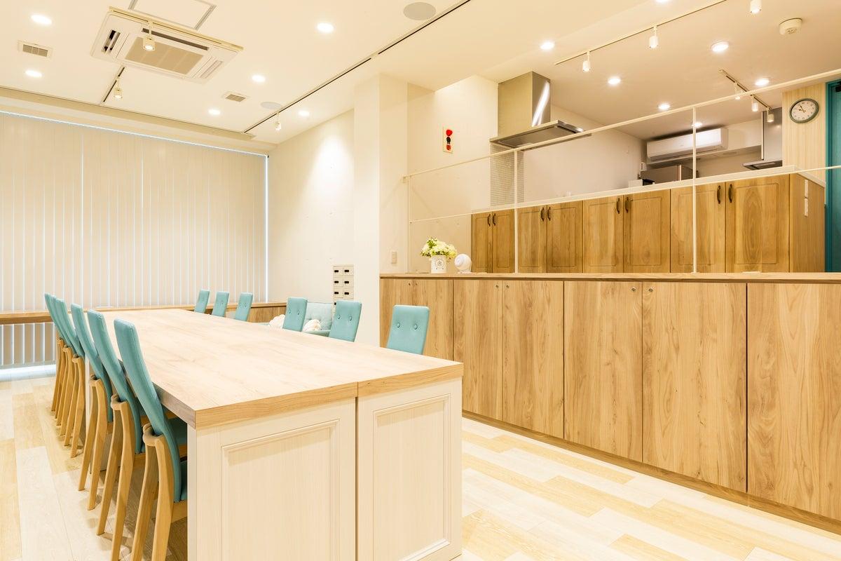 キッチン&シアター設備完備!札幌市北区のレンタルスペース【KANTINE-カンティーナ-】 の写真