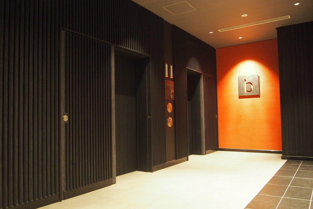 144㎡の広々スペース 会議・イベント利用・撮影・荷物預かり・控え室などに(飲食可) の写真