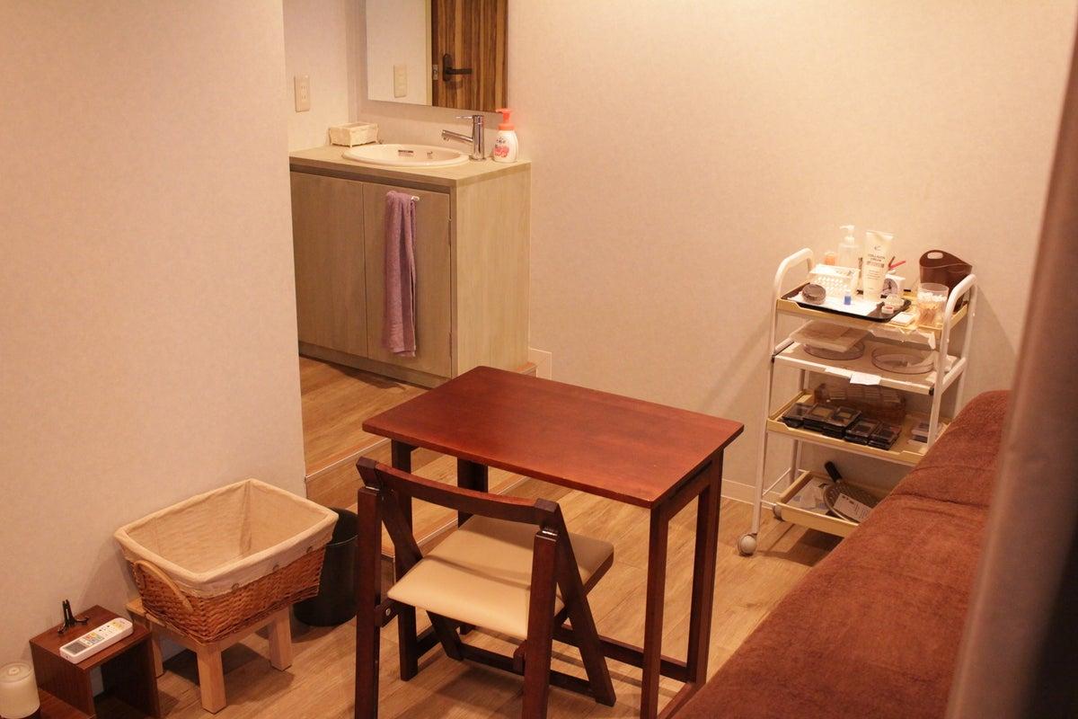 リラクゼーションルームは完全に個室となっていて、お迎えするお客様に特別な時間をご提供出来ます。  の写真