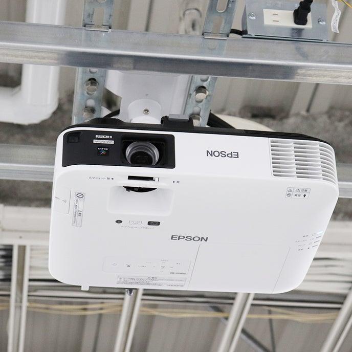 プロジェクター(天井設置)