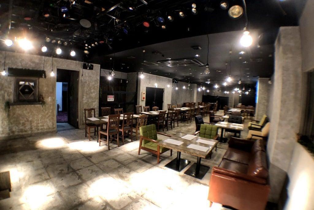 姫路最大級のおしゃれな空間で大型の研修会(100名)やセミナーを実施しませんか? の写真