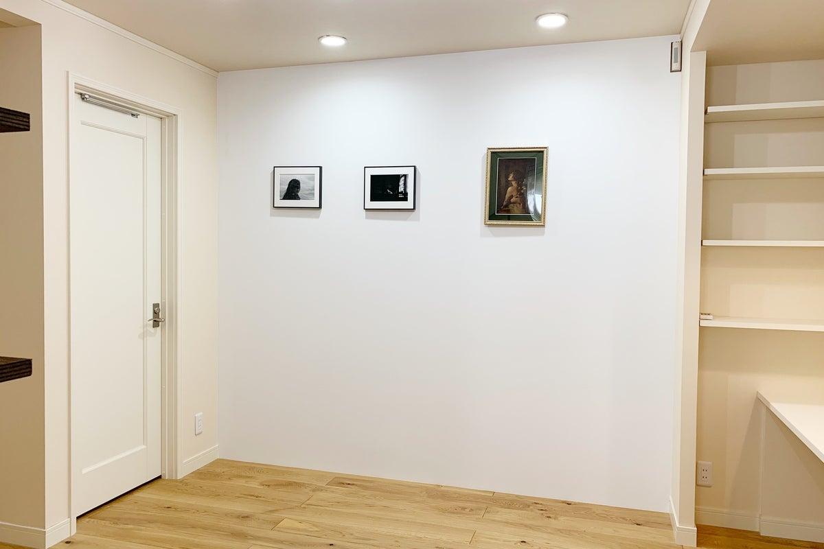 【吉祥寺駅から徒歩10分】お洒落なギャラリースペース。作品展、即売会、講習会等にご利用頂けます。 の写真