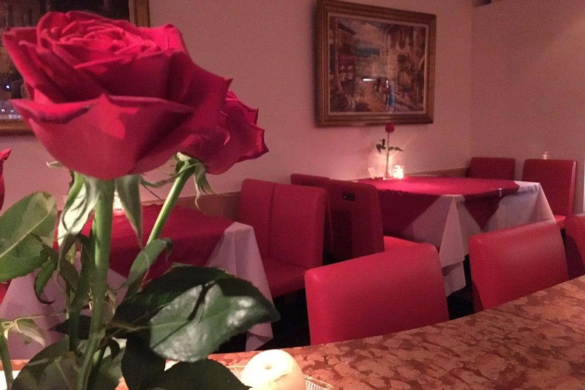 撮影、貸切デート、女子会、セミナーなどイタリアスタイルのワインバー の写真