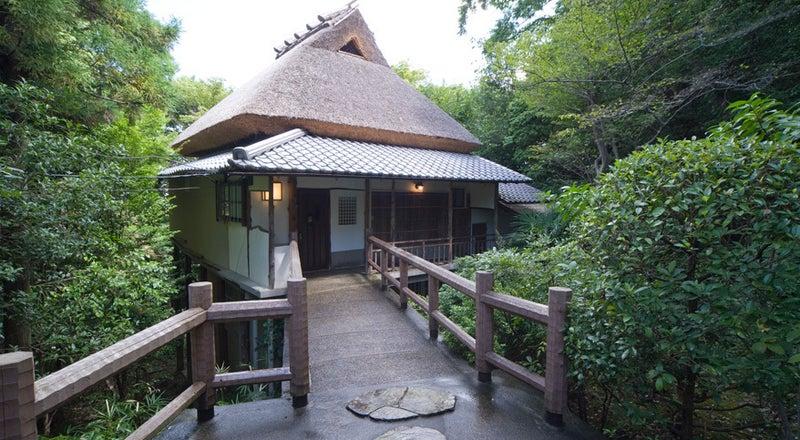 【奈良百楽荘・さつき】日本庭園のある料亭の離れ 撮影会におすすめ!