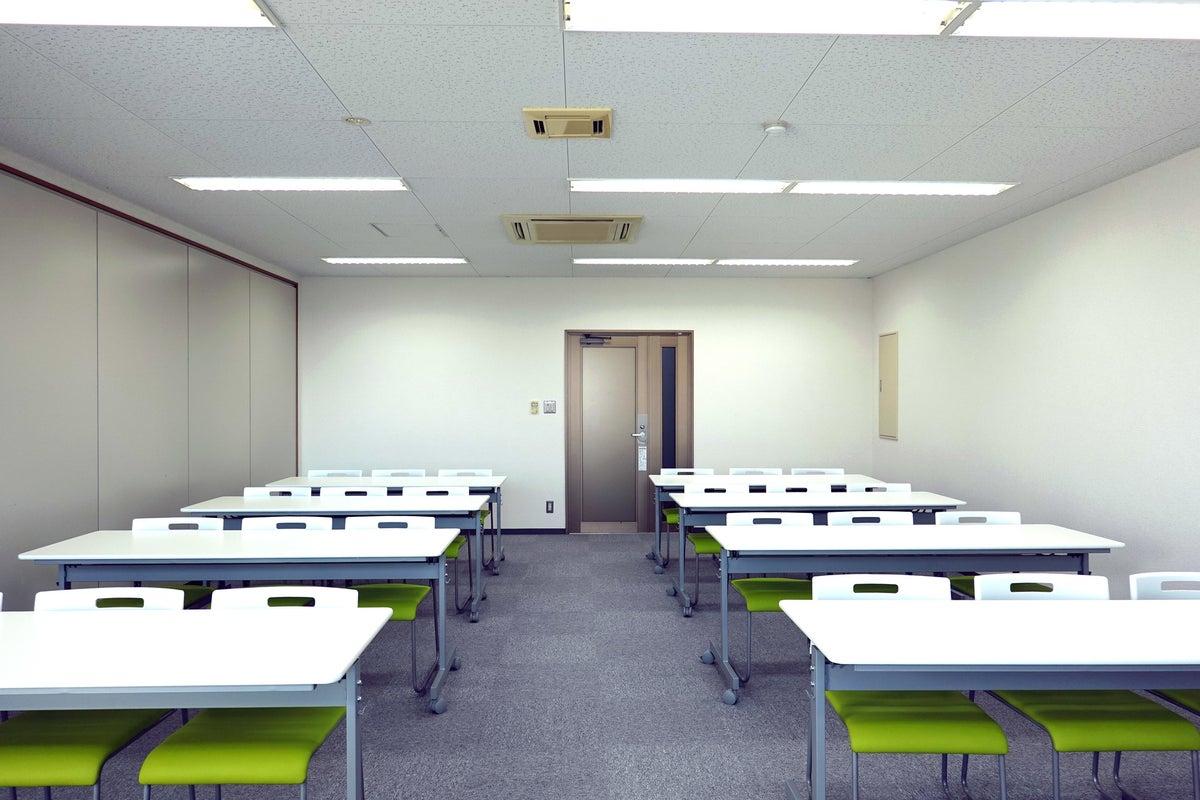【郡山駅近】セルフミーティングルーム郡山駅東口 会議室4B の写真