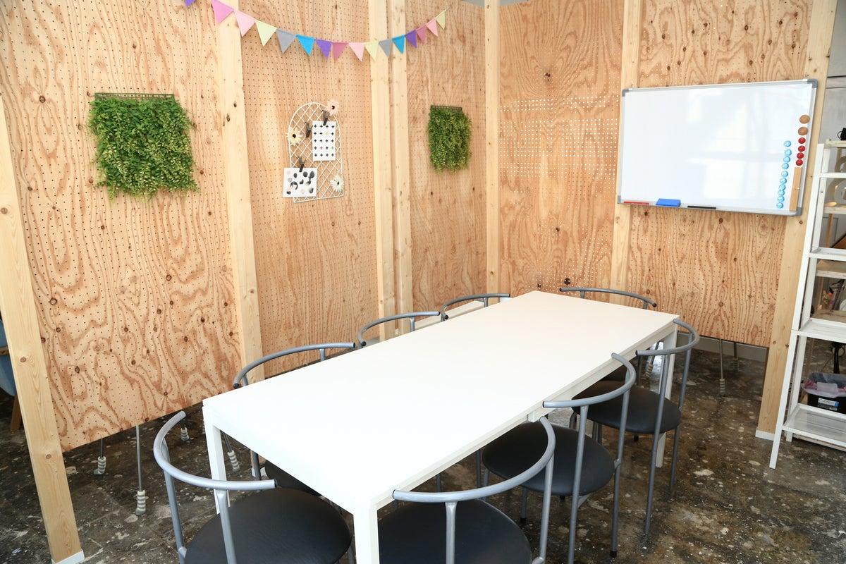 【沖縄宜野湾市】インスタ映えスペースでロケ撮影/習い事などの利用が出来るGAKUARU BASE 3F の写真