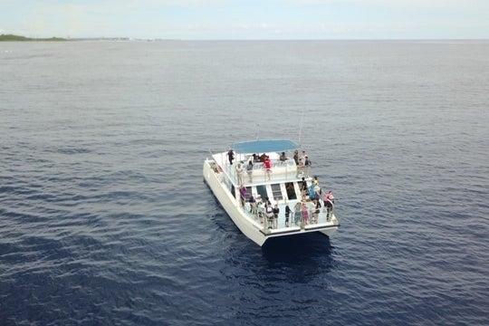 グアムで最高のクルージング体験してみませんか?最大60名で船を貸し切ろう の写真