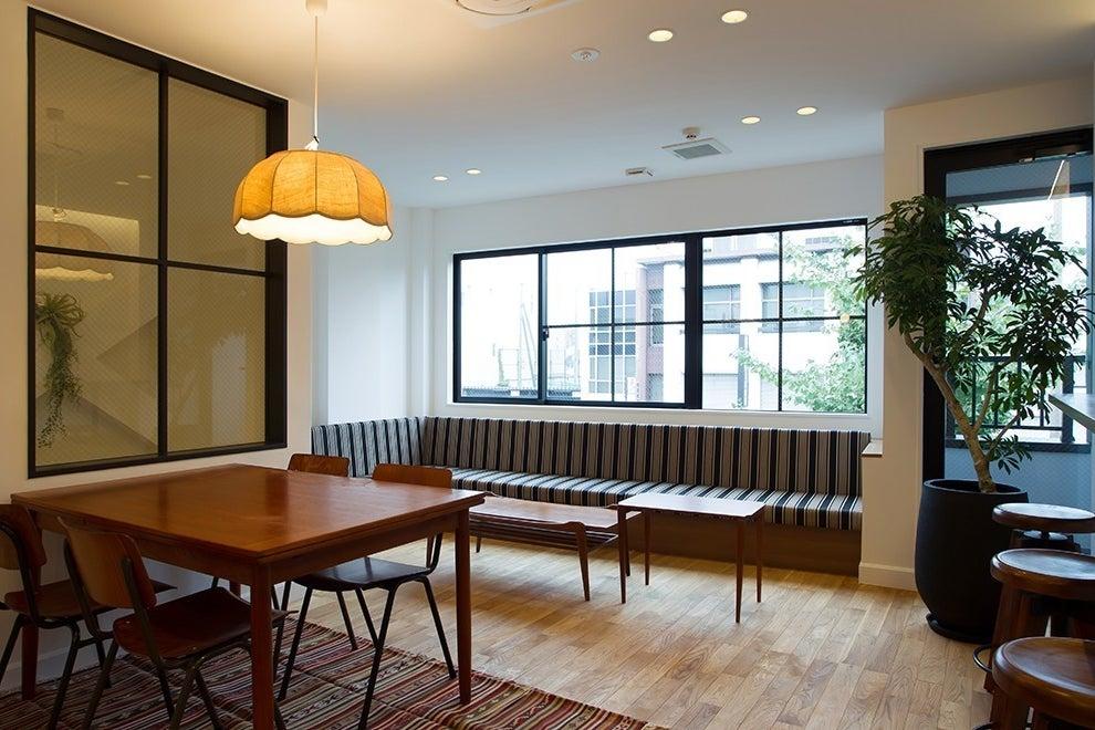 THE NEXT DOOR ホステル共用スペース!キッチン、シャワー完備! の写真