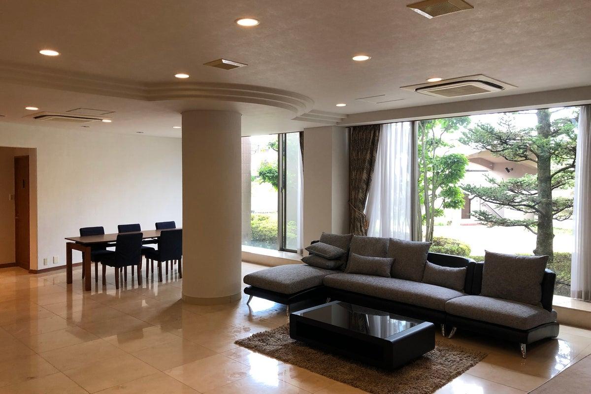 大阪の大理石ホールでパーティー・お料理・撮影しませんか?【光風台駅徒歩4分】 の写真