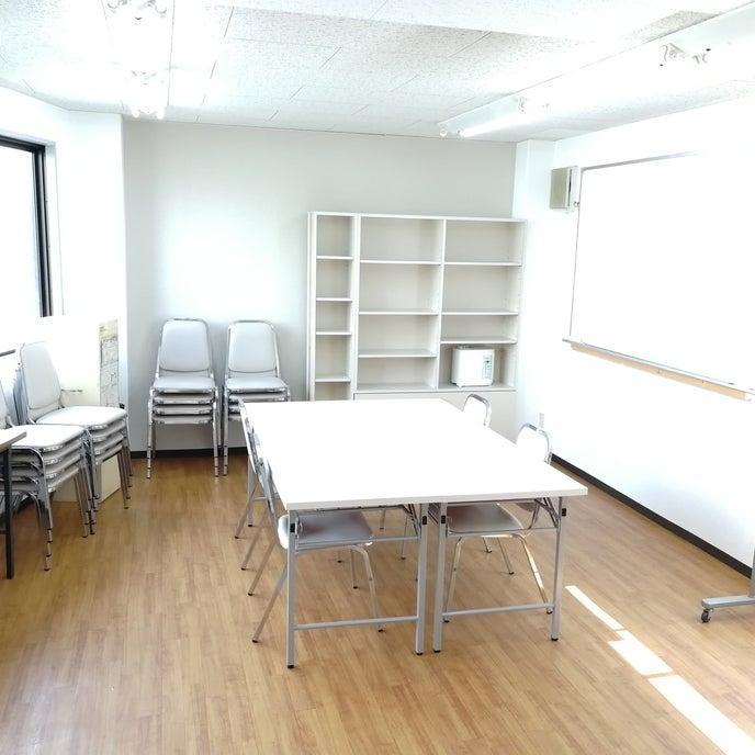ビル3階のお部屋です。会議、勉強会、各種教室に最適!