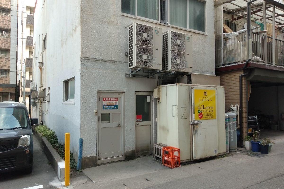 鹿児島中央駅から徒歩4分。24時間利用可能な綺麗な貸しスペースです。 の写真