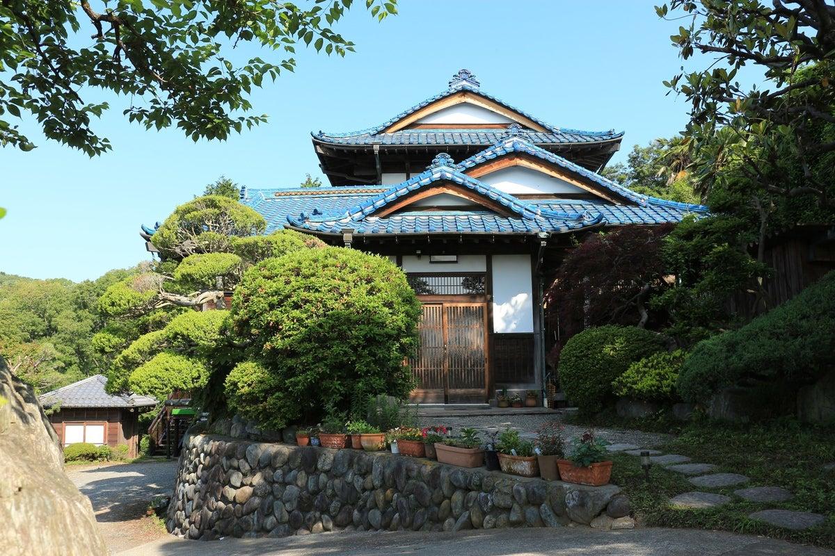 庭園内に離れの茶室、伝統的日本家屋と抜群の眺望! の写真