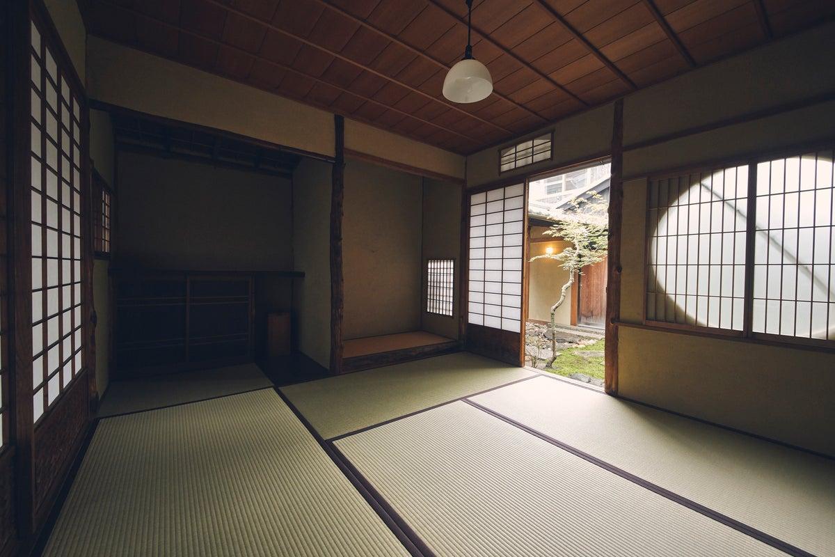 西村邸 茶室 ~2つの庭園を臨む、ひなびた和室 集会/展示/撮影などに~ の写真