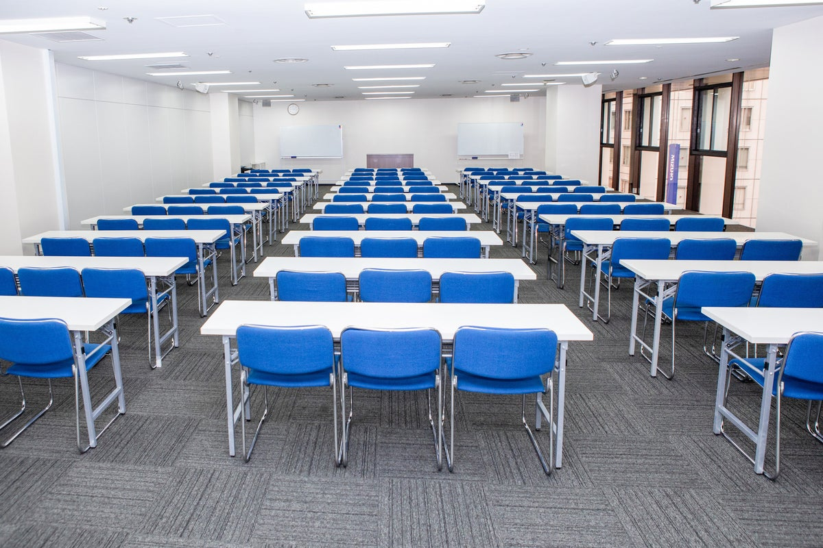 【銀座一丁目】駅直結!ゆったり使える高級感のある会議室/room A の写真