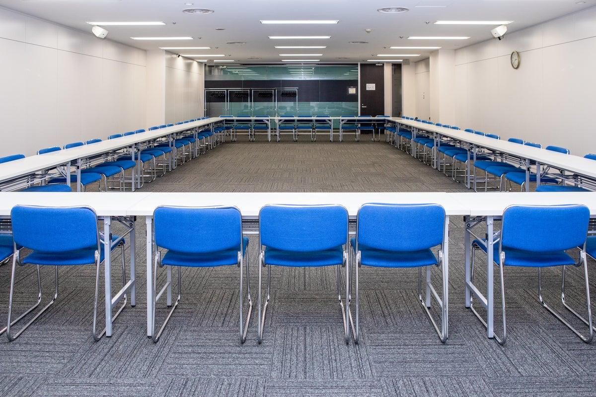 【銀座一丁目】駅直結!高級感あふれる空間で説明会や懇親会を/room E の写真