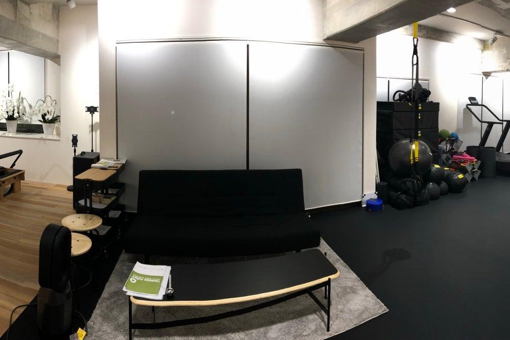 パーソナルジムですが、スペースが広めなのでセミナー会議、レッスンなどに! の写真