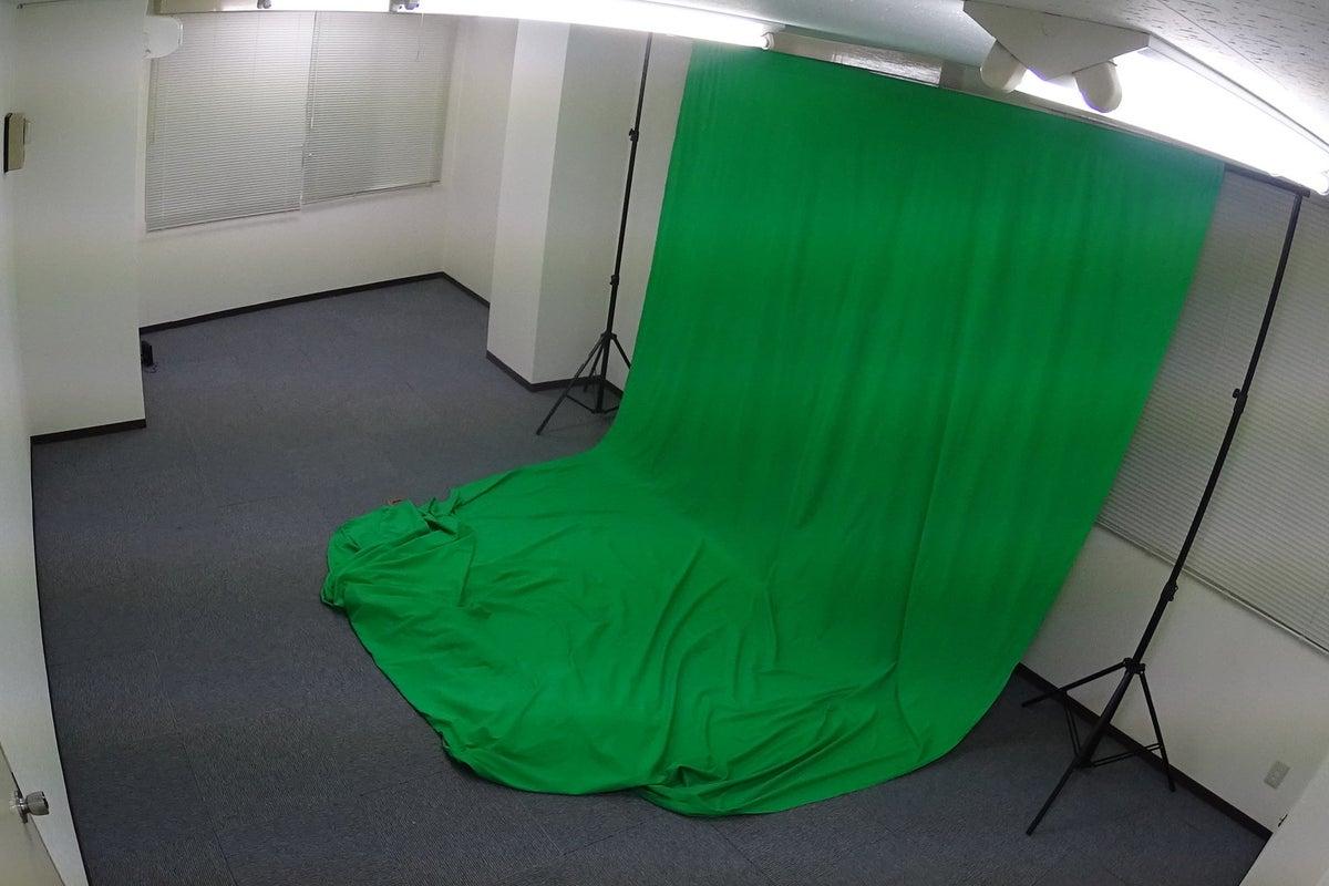 24時間利用可能!YouTubeの撮影や会議に最適です。撮影セットは無料オプションで使えます! の写真