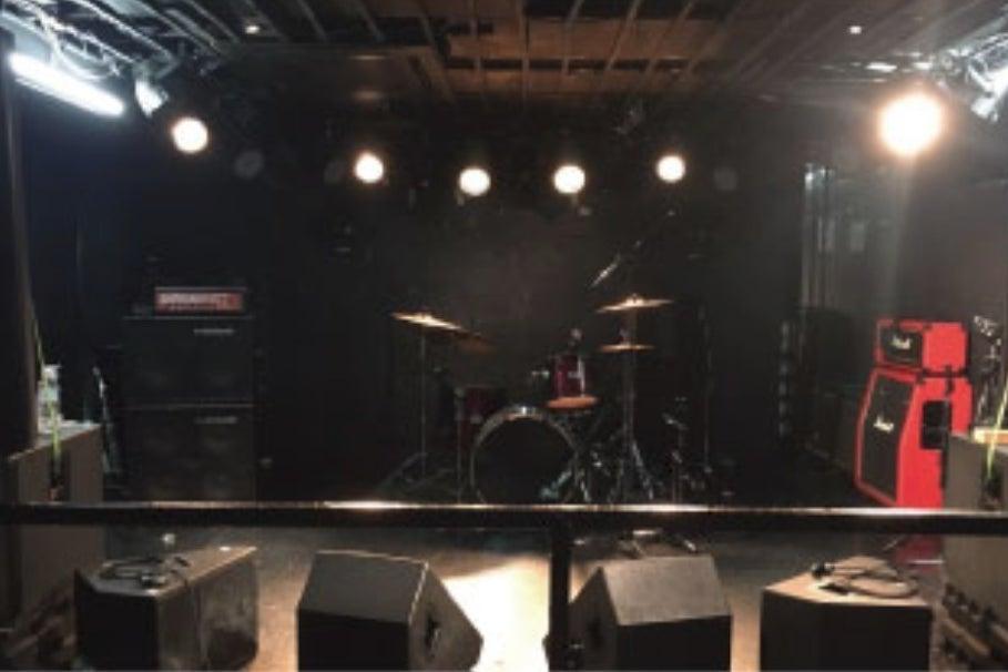 名古屋都心部に位置するライブハウス!大音量の音出しが可能、演奏会、パーティー、撮影などに! の写真