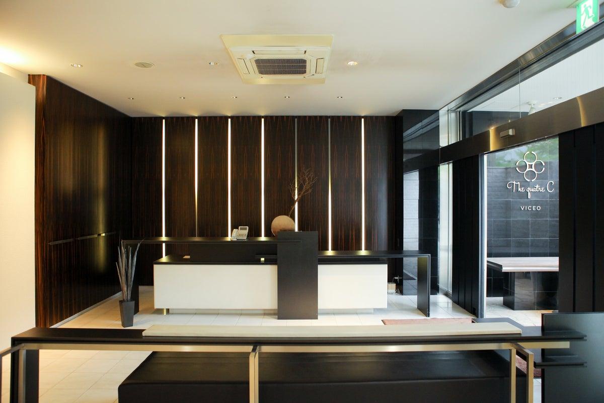 キッチン完備のパーティスペース!イベントやセミナー・展示会・ファッションショー様々な用途に! の写真