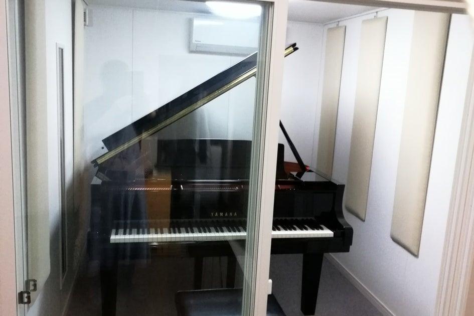 自宅防音室設置ピアノの開放 の写真