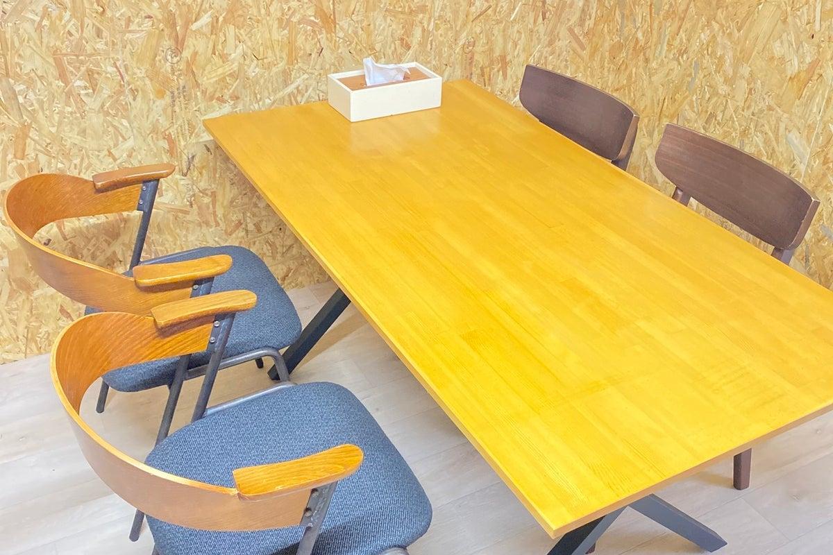 田舎の隠れ家会議室b(^o^)d 隣は美味しい焼肉屋さん。 の写真