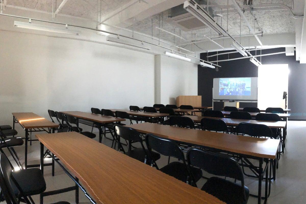 多目的スペース【スタイラス】熊本市中心地・下通アーケード沿い!講演・セミナー・撮影会・会議etc の写真
