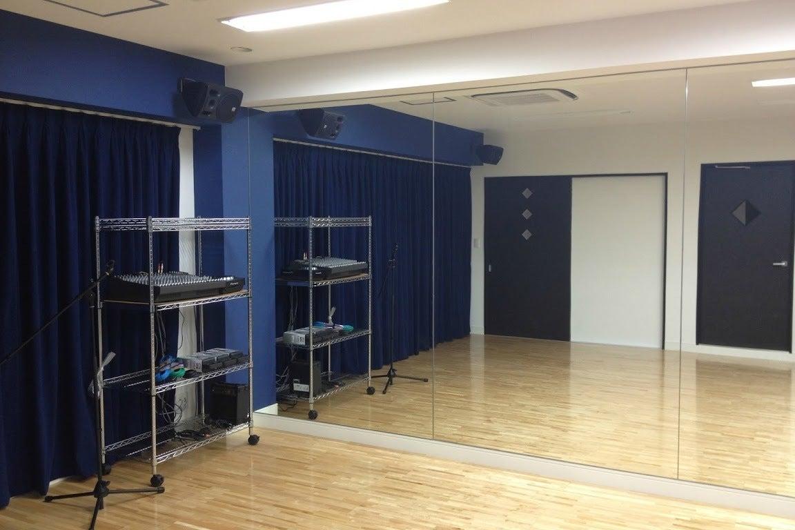 StudioR. 台東区谷中にあるカフェが併設された多目的レンタルスタジオ! の写真