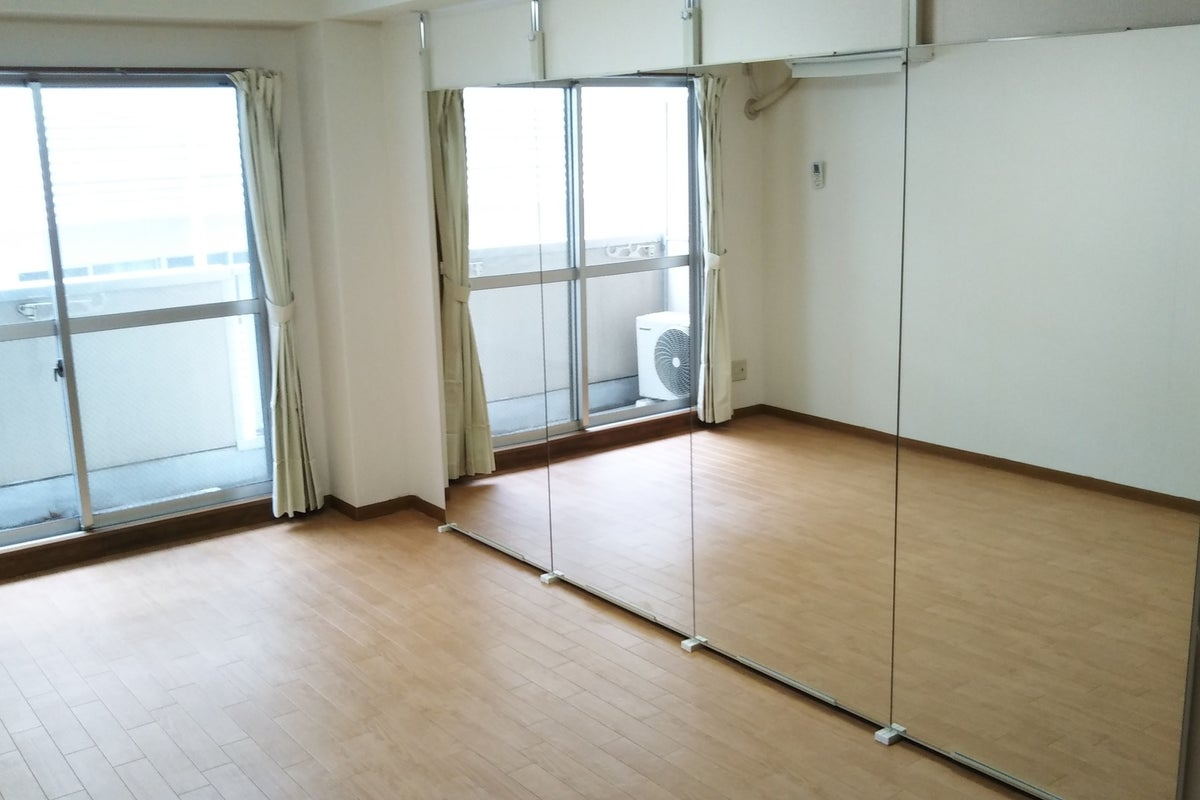 八王子駅近で格安ダンススタジオ!オンラインレッスンやテレワークにも使えます の写真